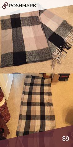 Blanket scarf Worn twice Accessories Scarves & Wraps