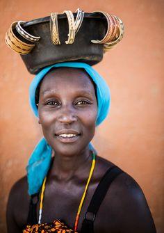 Namibia (mokyphotography) Tags: africa namibia people portrait persone picture donna woman ritratto ritratti viso face opuwo market mercato village villaggio travel canon