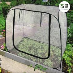 Protect your plants from the cold with the new, practical, Oh My Home instant opening greenhouse! Made of plastic Easy to assemble Zip closure Approx. measurements: 120 x 100 x 120 cm