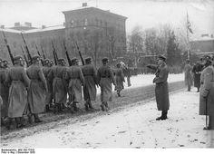 Der Führer besichtigt die Leibstandarte Adolf Hitler in der ehemaligen Kadettenanstalt in Berlin-Lichterfelde! | Flickr - Photo Sharing!
