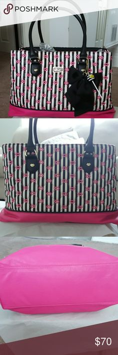 Betsy johnson black and pink lollipop handbag Like New handbag in great condition no marks or stains clean on the inside has 3 sections on the inside Betsey Johnson Bags Satchels
