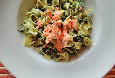 Tagliatelle se špenátem a lososem Pasta Salad, Ethnic Recipes, Lemon, Crab Pasta Salad, Macaroni Salad