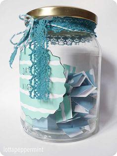lottapeppermint: Date Jar - Ein Marmeladenglas mit 50 Date-Ideen zur Hochzeit.