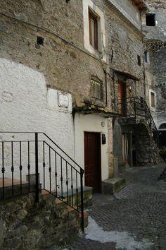Rocchetta Nervina (IM), centro storico
