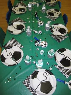 Soccer themed birthday party outdoor theme ideas in decorations. Soccer Birthday Parties, Soccer Party, Sports Party, 5th Birthday, Birthday Party Themes, Happy Birthday, Birthday Ideas, Soccer Theme, Sport Craft