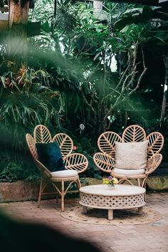 Love is Love at Plantation House: Styled Shoot - Balkon im Freien Dekor - Awesome Garden Ideas Plantation Homes, Outdoor Spaces, Outdoor Living, Unique Garden, Small Terrace, Garden Chairs, Terrace Garden, Terrace Decor, Home Decor Ideas