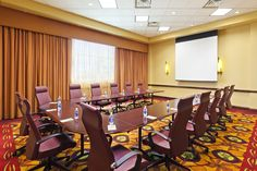 Courtyard II at the Courtyard by Marriott La Vista is set up as a u-shape and can hold up to 14 attendees with executive chairs or 22 with banquet chairs.