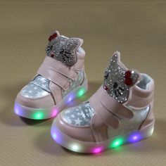 2018 boys girls casual shoes with flash LED toddler children s breathable  running sport shoes cartoon KT 83ab5e1135