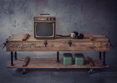 Tekerlekli TV Ünitesi / Roket Sandığı Görünümlü - Mobilya 196887 | zet.com