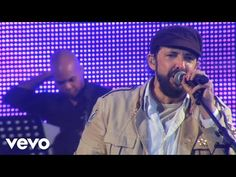 Juan Luis Guerra - A Pedir Su Mano (Live) - YouTube