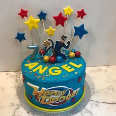 Tarta buttercream Henry Danger y estrellitas. 9th Birthday, Birthday Ideas, Birthday Cake, Cumpleaños Harry Potter, Dragon Art, Baileys, Perfect Party, Cake Ideas, Party Planning