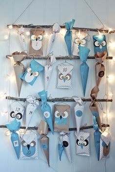 ▷ Design your own advent calendar - craft ideas for Christmas - Advent. DIY - advent calendar fill bastaln with paper wrapping paper more - Advent Calenders, Diy Advent Calendar, Kids Calendar, Calendar Design, Calendar Ideas, Calendar Pictures, Christmas Countdown, Christmas Calendar, Noel Christmas