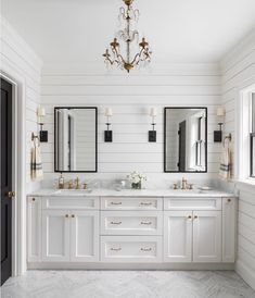 Beautiful master bathroom decor some ideas. Modern Farmhouse, Rustic Modern, Classic, light and airy bathroom design suggestions. Bathroom makeover tips and bathroom renovation ideas. Shiplap Bathroom Wall, Bathroom Renos, Bathroom Renovations, Bathroom Interior, Remodel Bathroom, Master Bathrooms, Master Baths, Master Bath Vanity, Bathroom Double Vanity