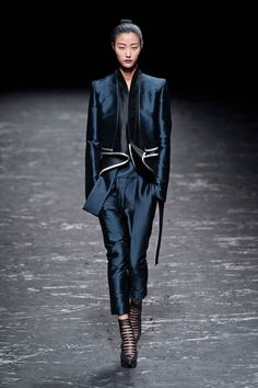 Haider Ackermann Spring 2013 Photo 1