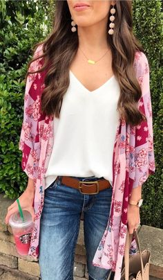 Friday Favorites: The Kimono, Spring Outfits, Summer kimono outfit. Cute Spring Outfits, Spring Dresses, Cute Outfits, Spring Clothes, Outfit Summer, Layered Summer Outfits, Summer Outfits For Work, Beautiful Outfits, Moda Chic