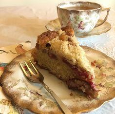 Rhubarb crumble cake recipe - delicious!