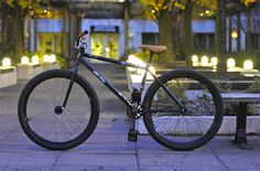 fixed gear freestyle bike.
