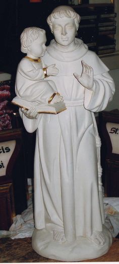 Saint Anthony #woodcarving #art #statue