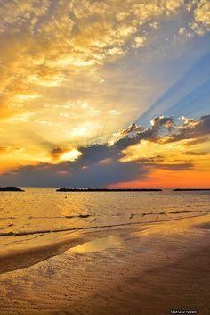 Sunrises, Celestial, Beach, Outdoor, Beautiful Images, Outdoors, The Beach, Sunrise, Beaches