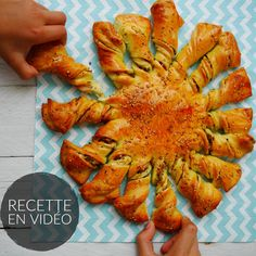 La tarte soleil, c'est l'apéro tendance du moment !!! Olives, Sauce Pesto, Tapas, Ratatouille, Entrees, Carrots, Food And Drink, Appetizers, Meat