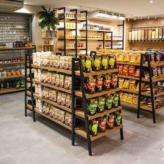 Cafe Interior Design, Cafe Design, Bakery Design, Restaurant Design, Shop Shelving, Store Layout, Retail Store Design, Store Interiors, Shelf Design