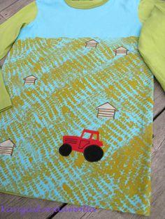fabric painting with a corn cob http://kangaskorjaamolla.blogspot.fi/2015/09/maissipainantaa.html