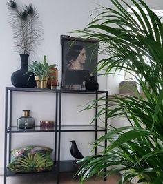 Ida variation n°4  #ibride #tray #artwork #design #home #decoration #wall  #painting #interior #kitchen (photo @eclectic_interior)