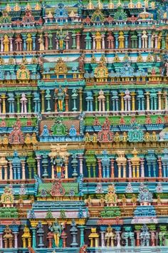 View top-quality stock photos of India Tamil Nadu Madurai Sri Meenakshi Temple. Find premium, high-resolution stock photography at Getty Images. Colour Architecture, Temple Architecture, Historical Architecture, Indian Architecture, Ancient Architecture, Temple India, Hindu Temple, Incredible India Posters, Amazing Photos