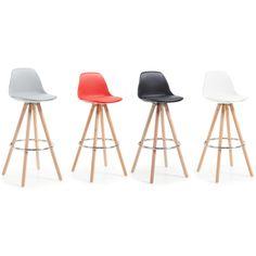 Herlige barstoler modell STAG.  www.mirame.no #stol #barstol #stue #gang #bad #innredning #møbler #norskehjem #mirame #pris  #interior #interiør #design #nordiskehjem #vakrehjem #nordiskdesign  #oslo #norge #norsk  #bilde #speilbilde #tre #metall #rom123 #stag