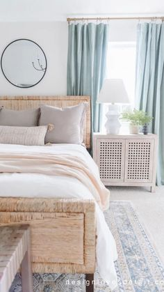 Bedroom Decor For Couples, Home Decor Bedroom, Beach House Bedroom, Bedroom Rugs, Apartment Decoration, Bedroom Inspo, Bedroom Ideas, My New Room, Home Fashion