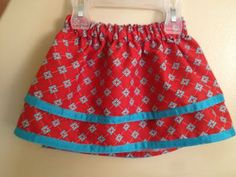 Such a cute little layered skirt for a toddler. See how to make one (just a half-yard of cotton fabric for a 2T) at The Stitching Scientist.