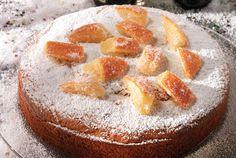 Vasilopita-amugdalou-me-mantarini, αιγοπρόβειο βούτυρο, ζαχαρη, αυγά, κονιάκ, ξυσμα μανταρίνι, μοσχοκάρυδο, κανέλα, χυμός μανταρίνι, σόδα, γιαούρτι, φαρίνα, αμυγδαλόψιχα σκόνη