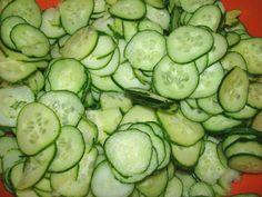 Csalamádé recept II recept lépés 2 foto Cucumber, Vegetables, Food, Essen, Vegetable Recipes, Meals, Yemek, Zucchini, Veggies