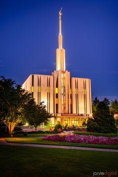 Image #95 - Jarvie Digital - Seattle LDS Temple at Twilight  We love Temples at: www.MormonFavorites.com