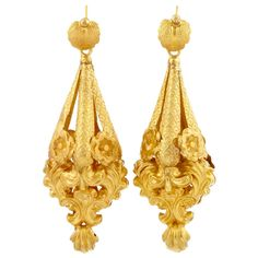 Pair of Antique Gold Pendant-Earrings  Ap. 4 dwts. With fitted box.