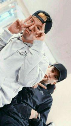 Trendy wallpaper iphone music bands twenty one pilots ideas Vessel Twenty One Pilots, Tyler Twenty One Pilots, Heathens Twenty One Pilots, Twenty One Pilot Memes, Twenty Pilots, Nail Art Videos, Ezreal League Of Legends, Percy Jackson, Twenty One Pilots