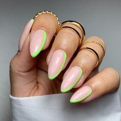 Chic Nails, Stylish Nails, Swag Nails, Almond Acrylic Nails, Best Acrylic Nails, Almond Nail Art, Green Nail Designs, Oval Nail Designs, Almond Nails Designs Summer