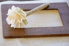 Burlap flower pen diy Trendy Wedding, Our Wedding, Wedding Ideas, Wedding Things, Wedding Bells, Wedding Stuff, Wedding Decorations, Burlap Flowers, Diy Flowers