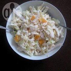Chinese koolsalade met appel, mandarijn en een citroen-yoghurt dressing @ allrecipes.nl