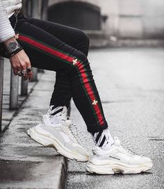 Balenciaga - White Triple S Clear Sole Sneakers Womens Fashion Sneakers, Sport Fashion, Fashion Photo, Men Fashion, Outfits Hombre, Men's Outfits, Men's Shirts And Tops, Balenciaga Sneakers, Track Suit Men