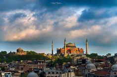 要欣賞拜占庭時期的建築之美,非伊斯坦布爾的聖索菲亞博物館Ayasofya Müzesi莫屬。 ©Hamit Yalçın