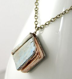 Book Necklace -- I absolutely seriously love this! :) so simple and adorably cute!! :)