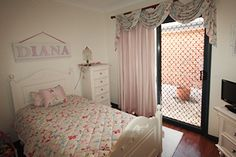 Beautiful pink children's room with a custom made floral quilt cover, curtains, wraps and side table banners to match. Pink Kids, Quilt Cover, Kids Rooms, Banners, Wraps, Nursery, Curtains, Quilts, Bed