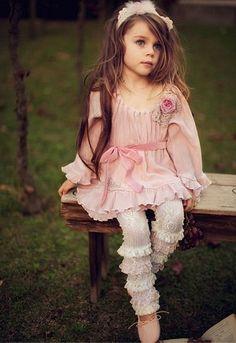 SOoooo precious!! she looks like a model~camera ready!!