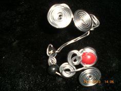 Bracelet spirale argenté perle fimo rouge et noire