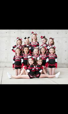 Adorable Adorable – Sport is lifre Cheer Team Pictures, Cheerleading Pictures, Dance Team Pictures, Team Photos, Cheer Stunts, Cheer Dance, Team Cheer, Cheer Mom, Cheer Picture Poses