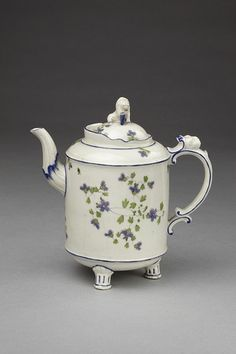 Coffee pot| Ludwigsburg porcelain factory | made in Germany