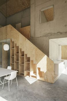 Addict: Plywood stairs 👌🏻 Family house in Germany Plywood Interior, Interior Stairs, Interior And Exterior, Plywood Furniture, Furniture Ideas, Architecture Renovation, Interior Architecture, Modern Interior Design, Interior Design Inspiration