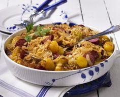 Unser beliebtes Rezept für Kartoffel-Sauerkraut-Auflauf und mehr als 55.000 weitere kostenlose Rezepte auf LECKER.de.