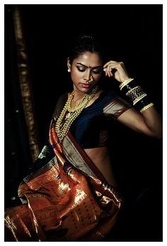 "danielwamba: "" Varios propietariosSeguir a todosFASHION: Offbeat Bride Tribe "" Indian Photoshoot, Saree Photoshoot, Indian Women Painting, Indian Bridal Fashion, Offbeat Bride, Mädchen In Bikinis, Portraits, Indian Models, Beautiful Girl Indian"